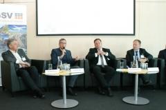 Weinberger (Nutzfahrzeugimporteure), Hentschel (VW), Müller-Belau (Shell),Losch (BMNT), Rothbart (AVL)